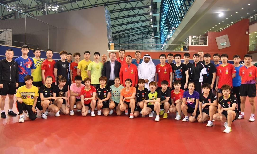 Equipe de tênis de mesa da China recebida no Catar Foto: Reprodução/ITTF