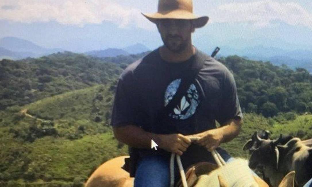 Laudo vai determinar de onde partiu disparo que atingiu Adriano Foto: Reprodução