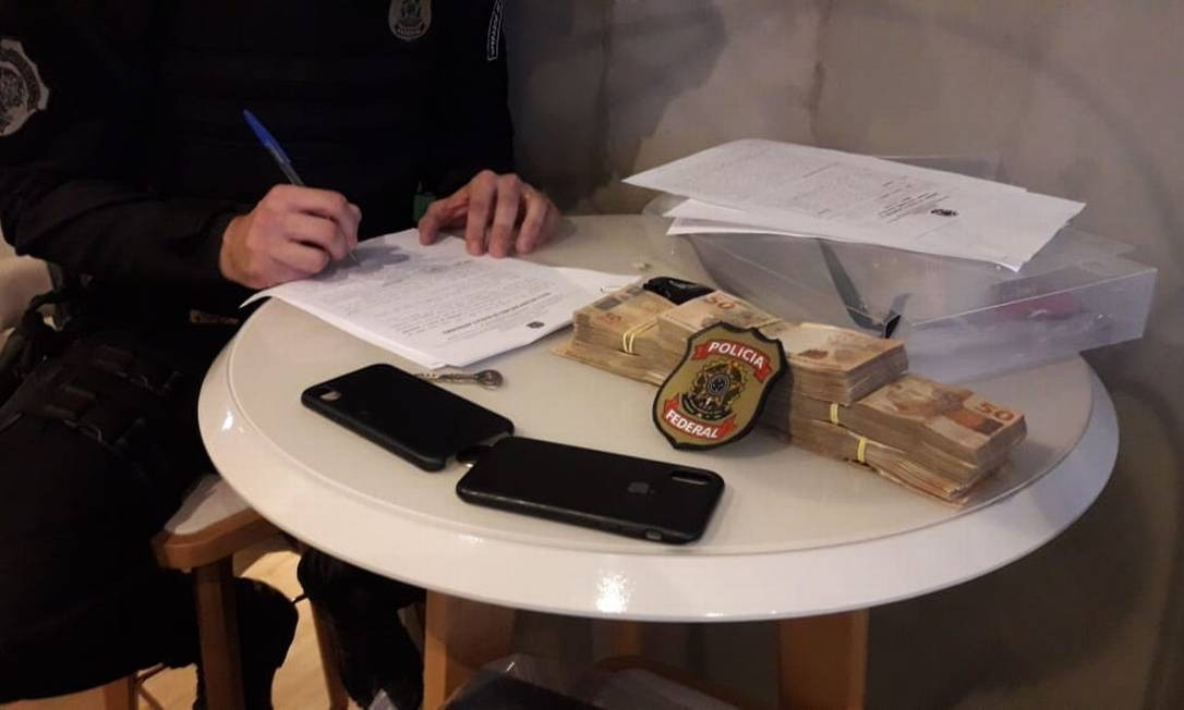 Polícia Federal realiza segunda fase de operação contra fraudes no Fies Foto: Divulgação/Polícia Federal