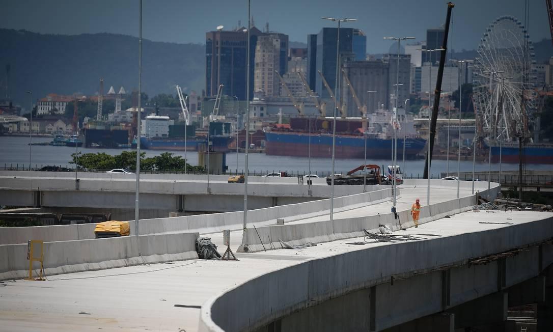 Obras da alça que liga a Ponte Rio-Niterói à Linha Vermelha foram executados em 20 meses Foto: Pablo Jacob/7-2-2020 / Agência O Globo