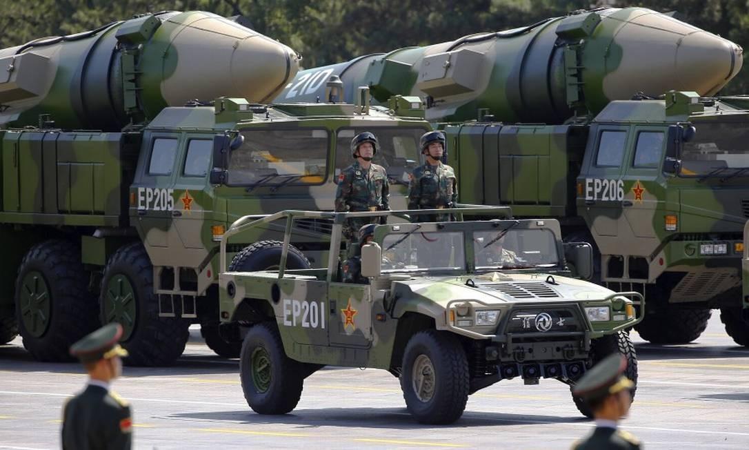 Veículos militares chineses carregam mísseis em desfile comemorativo do aniversário de 70 anos da fundação da República Popular da China Foto: Damir Sagolj / Reuters / 03-09-2019