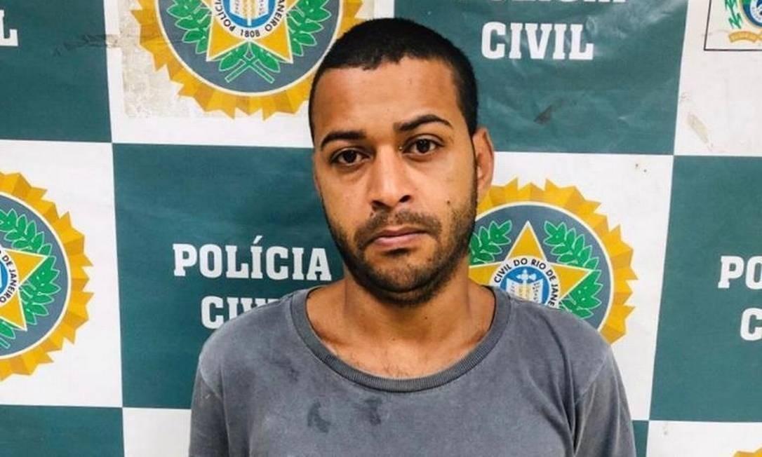 Cristiano Vieira da Silva fingia ser vendedor de amendoim para furtar celulares de clientes em bares e restaurantes Foto: Reprodução