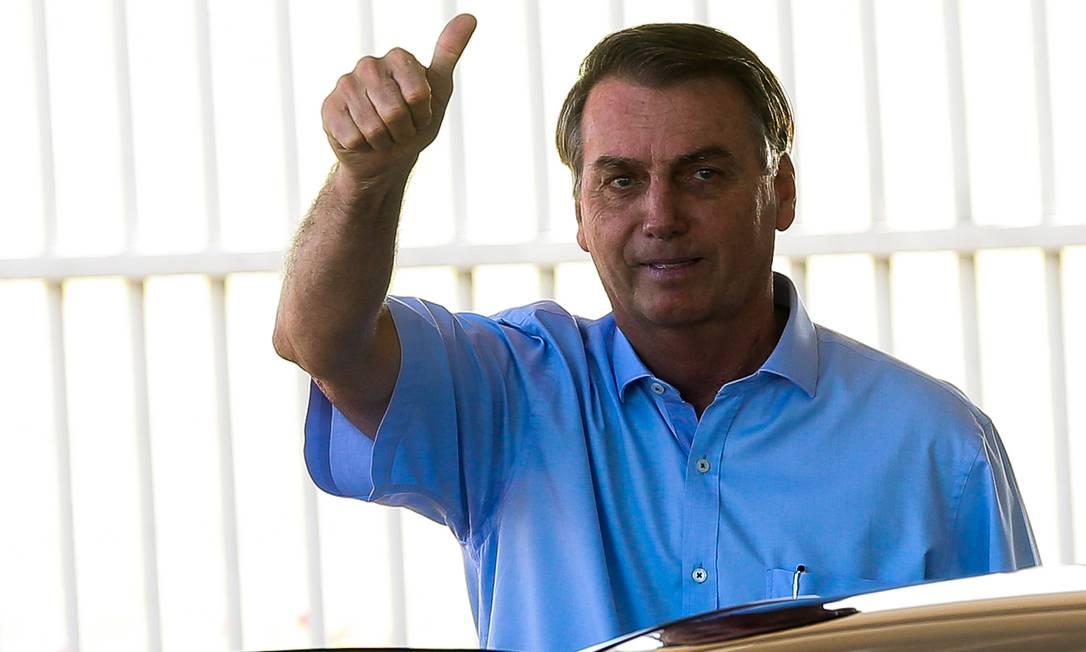 Presidente Jair Bolsonaro deixa o Palácio da Alvorada Foto: Antonio Cruz/Agência Brasil / Agência O Globo
