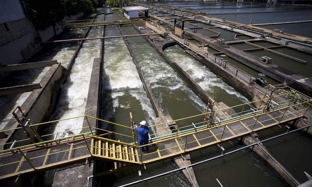 Inaugurada em 1955, a ETA Guandu é a maior estação de tratamento de água do mundo, reconhecida, inclusive, pelo Livro dos Recordes Guinness Foto: Márcia Foletto / Agência O Globo - 16/11/2017