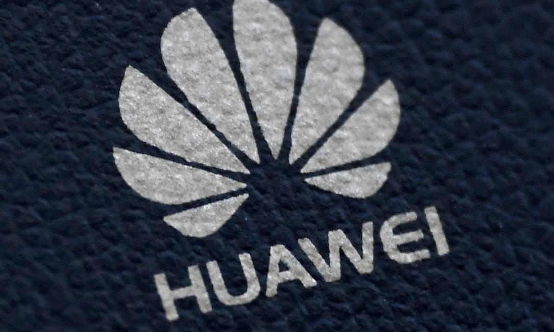 A chinesa Huawei continua sendo alvo de campanha de autoridades americanas Foto: Toby Melville / REUTERS