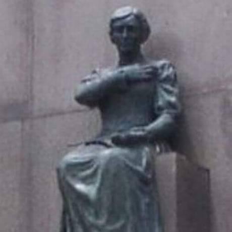 Campanha está em curso na internet para se encontrar a estátua Foto: Carolina Ribeiro