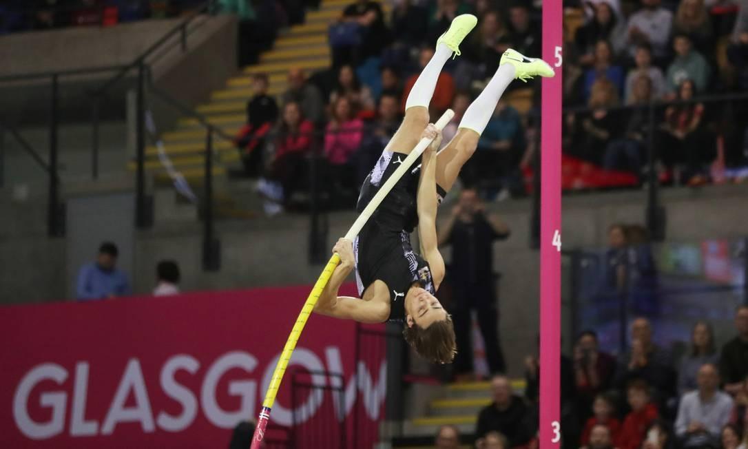 Armand Duplantis surpreende mauis uma vez: atleta de apenas 20 anos surge como favorito ao ouro em Tóquio-2020 Foto: RUSSELL CHEYNE / REUTERS