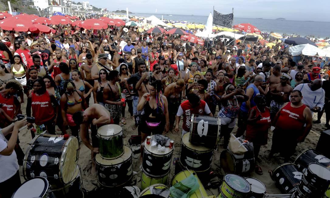 O AfroRegga e o Empolga às 9 estão juntos mais uma vez Foto: Marcelo Theobald / Agência O Globo