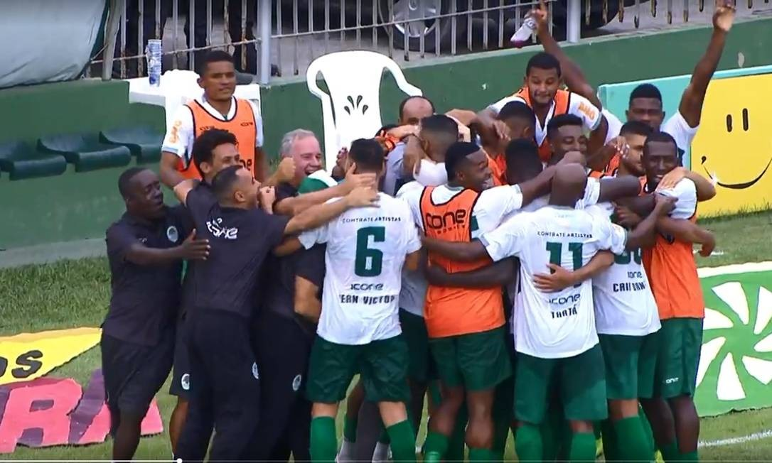 Boavista comemora o gol de Caio Dantas Foto: Reprodução de TV
