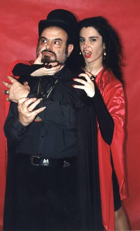 Mojica e sua filha Liz Marins em 2001 Foto: Divulgação