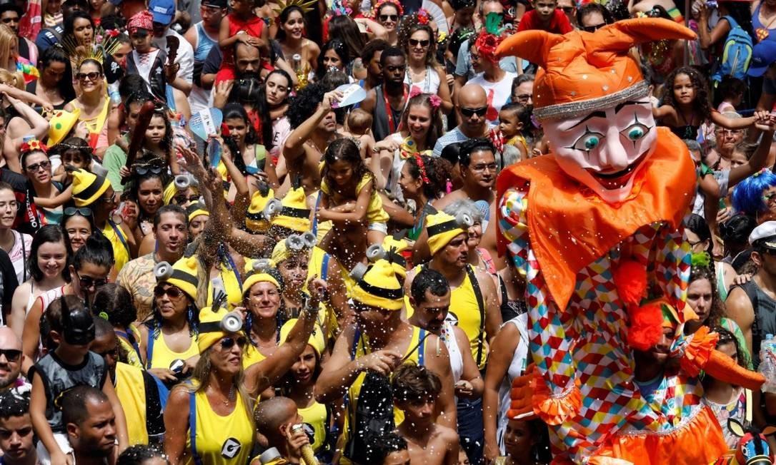Carnaval: shoppings terão horários especiais; bancos não abrem na segunda e na terça Foto: Reuters