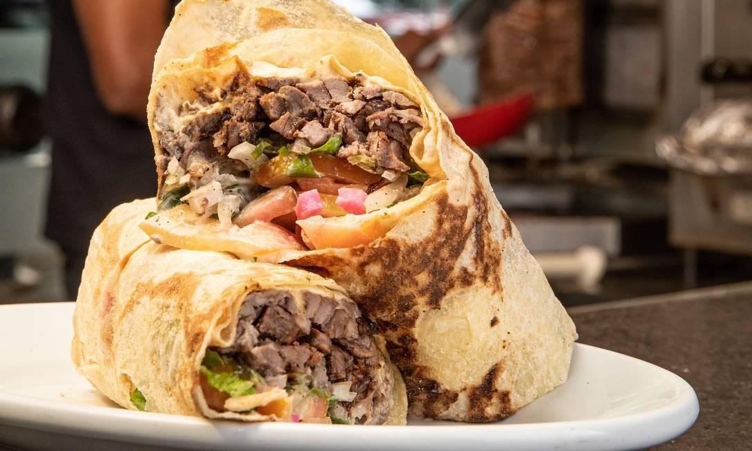 Amir: shawarma (quase 800g de sanduíche) Foto: Divulgação/Tomas Rangel