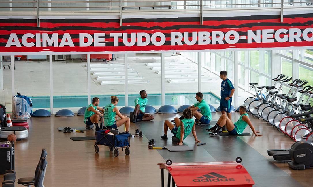 Titulares do Flamengo fizeram treino físico nesta sexta-feira Foto: Paula Reis/Flamengo