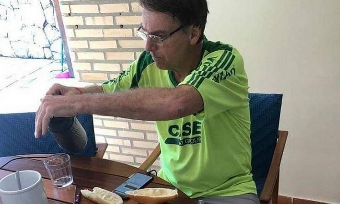 Jair Bolsonaro durante a campanha eleitoral Foto: Reprodução/Facebook