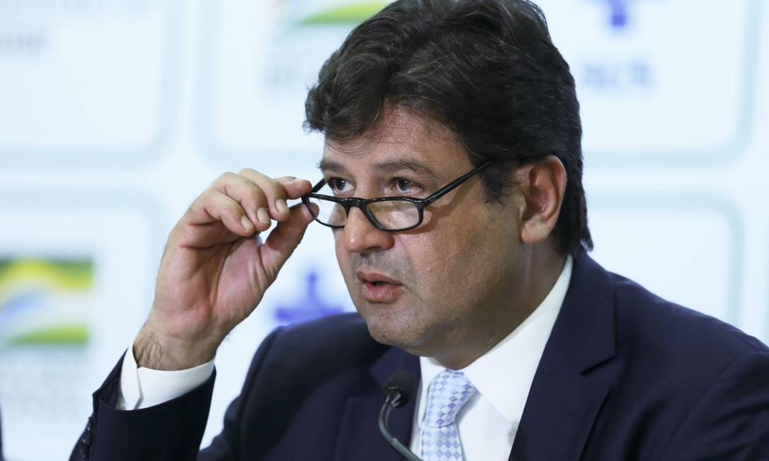 Mandetta comenta sobre campanha de vacinação contra gripe Foto: JOSE CRUZ / AFP