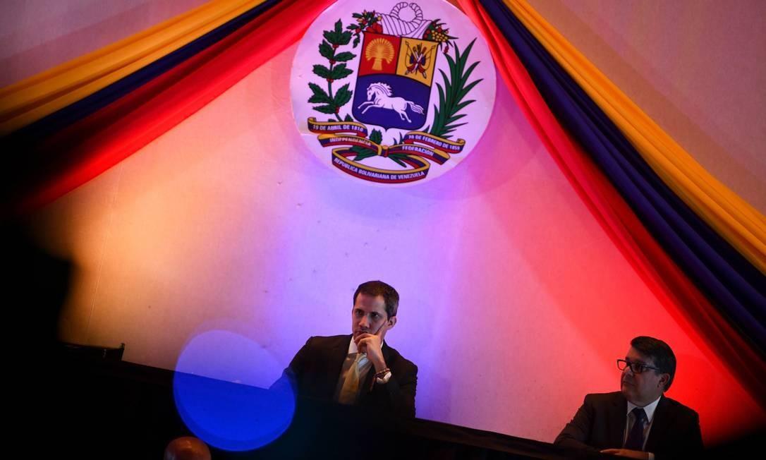 Guaidó na sessão do Parlamento que aprovou o uso de dinheiro em contas congeladas no exterior Foto: REUTERS