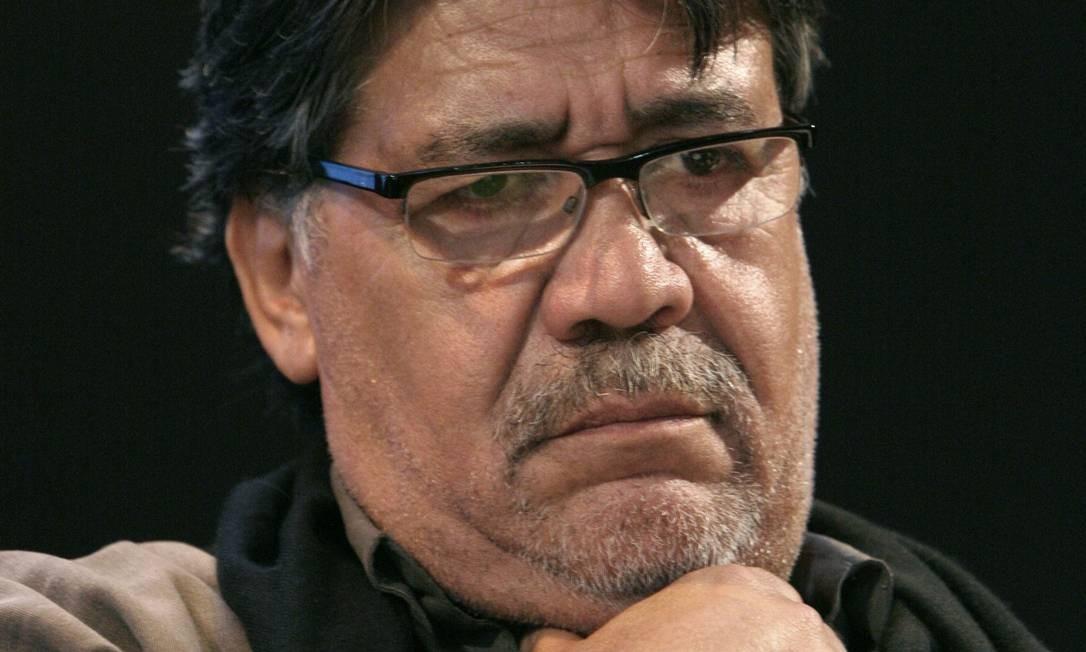 """Autor de livros como """"Mundo do fim do mundo"""", Luis Sepúlveda foi diagnosticado com o coronavírus Foto: ETIENNE DE MALGLAIVE / AFP"""