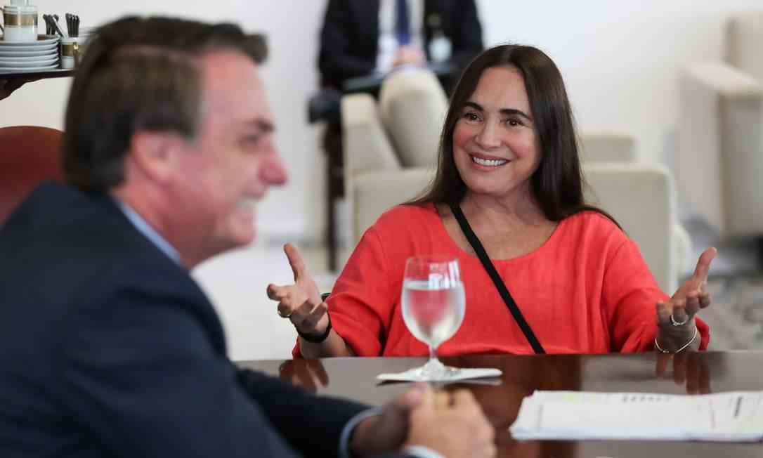 Regina Duarte e o presidente Jair Bolsonaro Foto: Marcos Corrêa / Agência O Globo