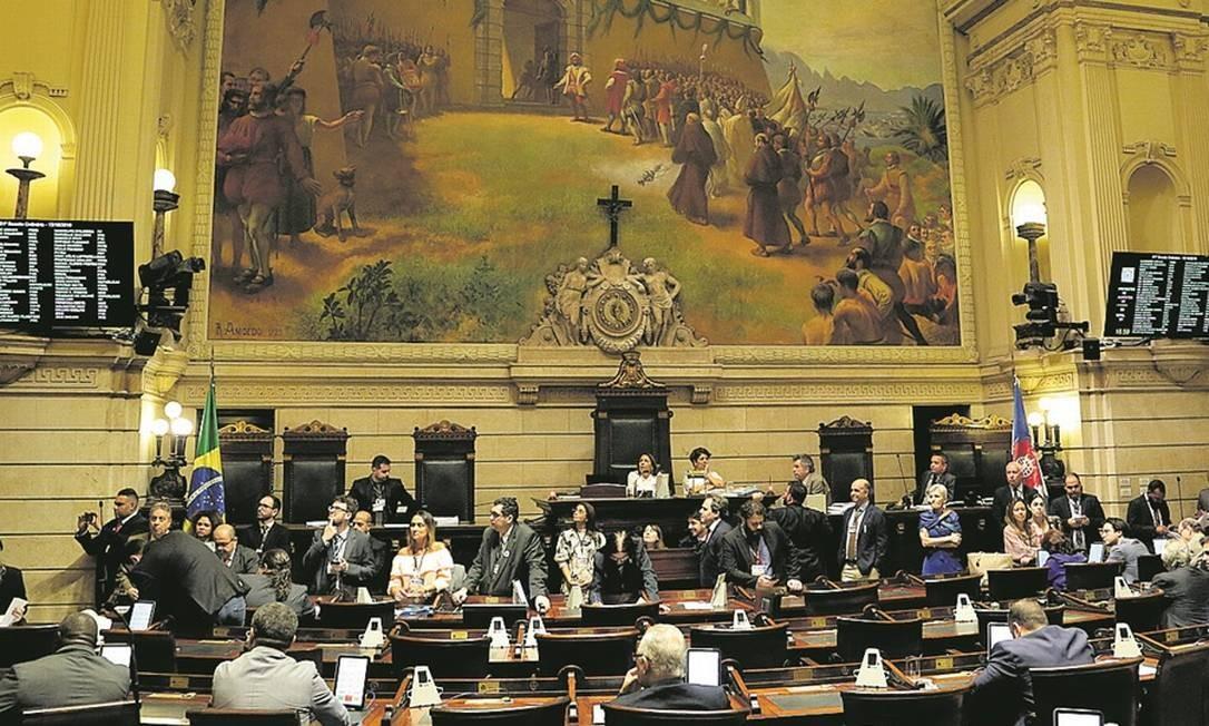 O plenário, onde vereadores deverão decidir a formação das comissões: disputa promete ser acirrada Foto: Agência O Globo