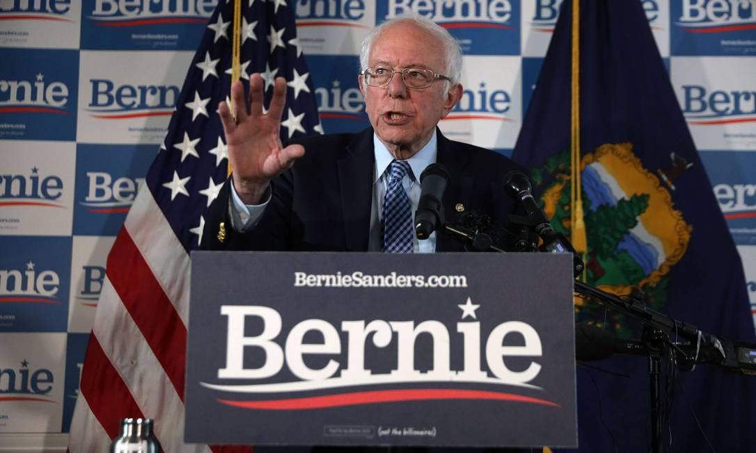 Com os resultados da Superterça, Sanders deverá ficar em segundo lugar em número de delegados, mas com pouca diferença para Biden Foto: ALEX WONG / AFP