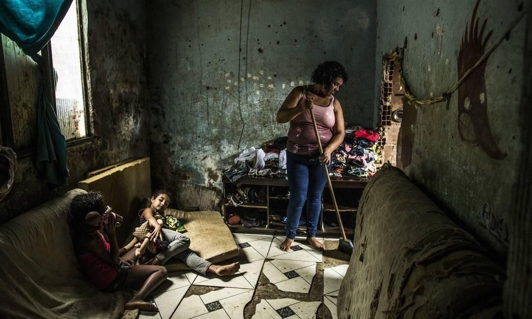 O número de famílias no Cadastro Único sem o Bolsa Família chegou a 3,5 milhões em dezembro de 2019, das quais 65% são extremamente pobres e o restante é classificada como pobre Foto: Guito Moreto / Agência O Globo