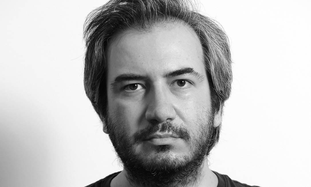 """O escritor Alejandro Chacoff, autor de """"Apátridas"""" (Companhia das Letras) Foto: Chico Cerchiaro / Divulgação"""