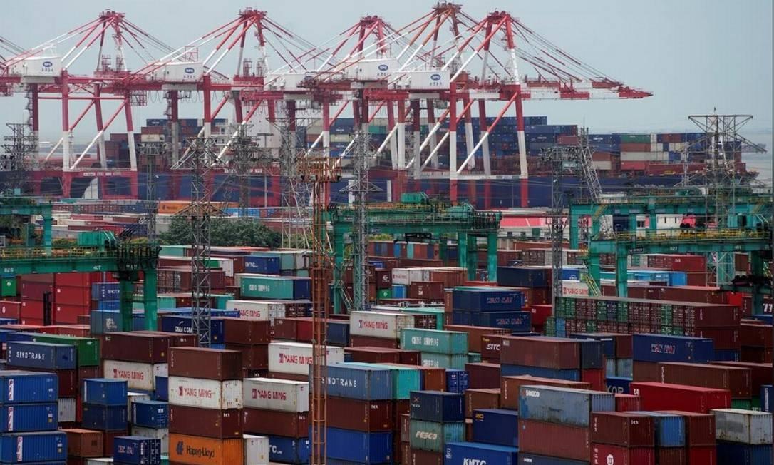 Com coronavírus, exportações de produtos chineses tiveram forte queda nos dois pimeiros meses do ano Foto: Bloomberg
