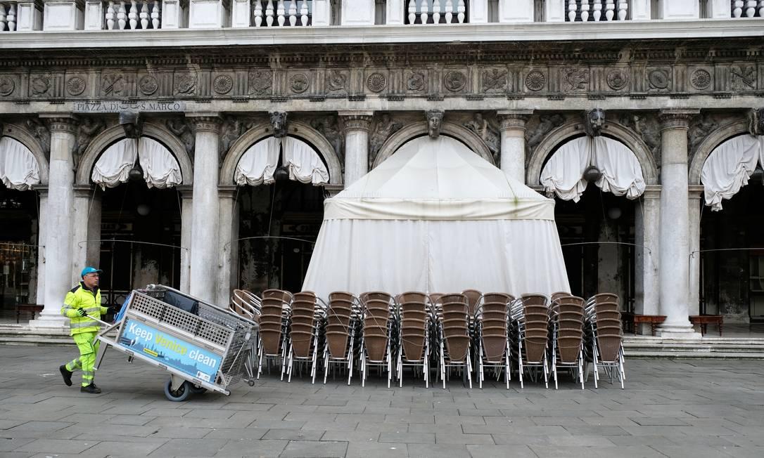 Veneza fica vazia após governo italiano decretar quarentena; isolamento será ampliado para todo o país a partir desta terça-feira. Foto: MANUEL SILVESTRI / REUTERS