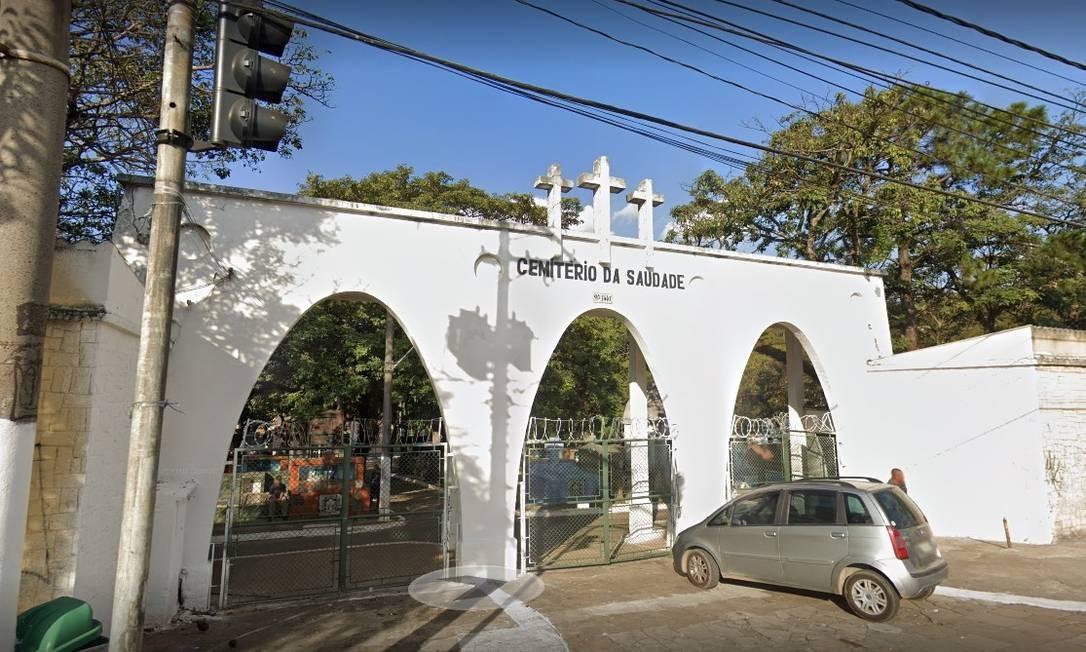 Entrada do Cemitério da Saudade, em São Miguel Paulista, onde foi enterrado o corpo do menino Fábio Lemos Foto: Reprodução/Google Streetview