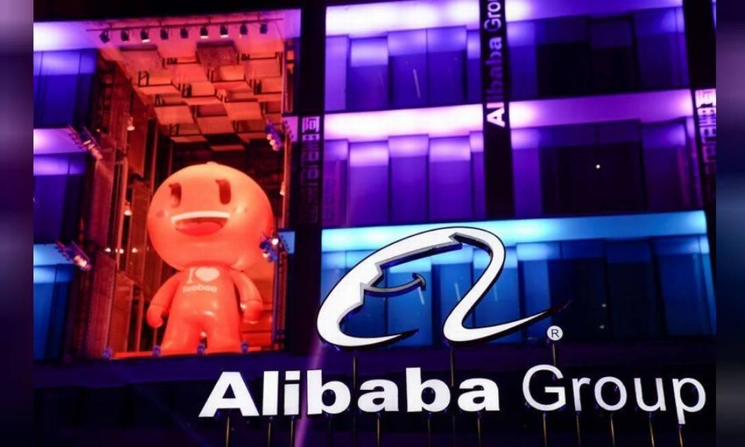 Alibaba, sediada em Hangzhou, cidade que foi bloqueada pelas autoridades no início do mês passado, foi uma das primeiras empresas a recorrer ao trabalho remoto Foto: Bloomberg