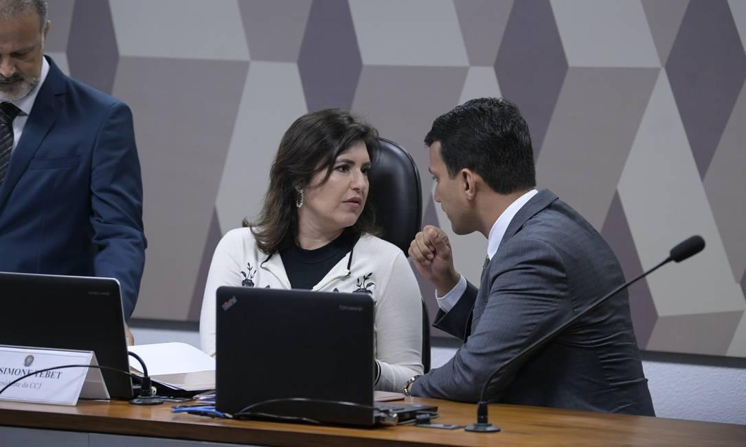 A presidente da CCJ, senadora Simone Tebet (MDB-MS) e o senador Irajá (PSD-TO) Foto: Pedro França/Agência Senado