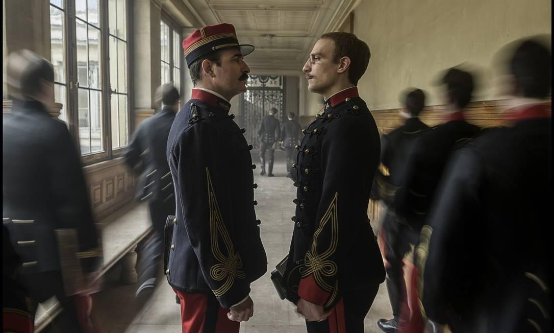 """Jean Dujardin e Louis Garrel em cena do filme """"O oficial e o espião"""" Foto: Divulgação"""