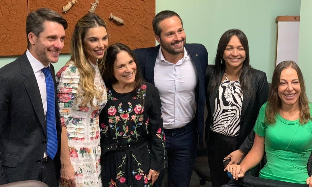 Regina Duarte em seu primeiro encontro com parlamentares Foto: Divulgação