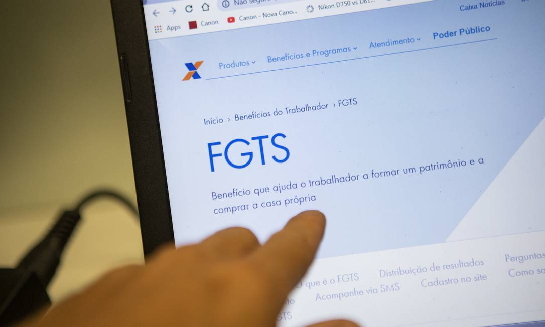 Governo libera saque de R$ 1.045 do FGTS a partir de junho Foto: Gabriel Monteiro / Agência O Globo