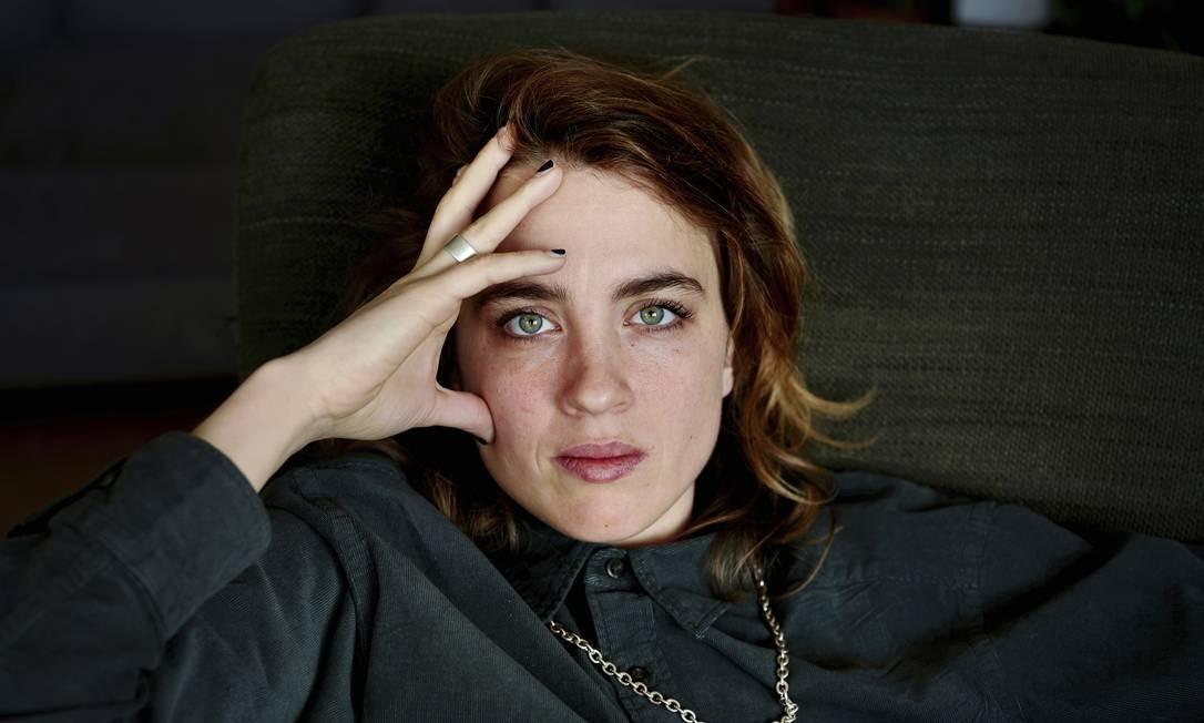 Adele Haenel em Paris Foto: JULIE GLASSBERG / NYT