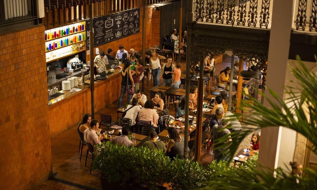 Hostel Villa 25 na rua Gago Coutinho, Laranjeiras Foto: Agência O Globo/Gabriel Monteiro