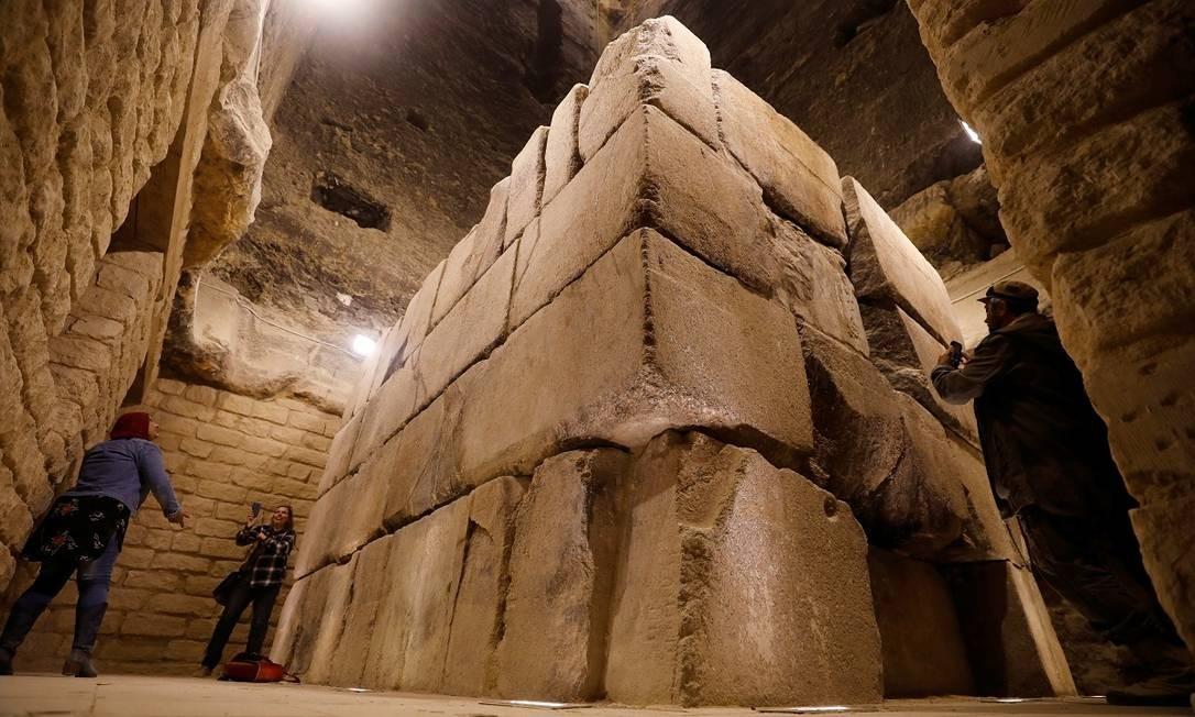A câmara fúnebre onde está o sarcófago do rei Djoser é um dos principais atrativos do sítio arqueológico Foto: Mohamed Abd El Ghany / REUTERS