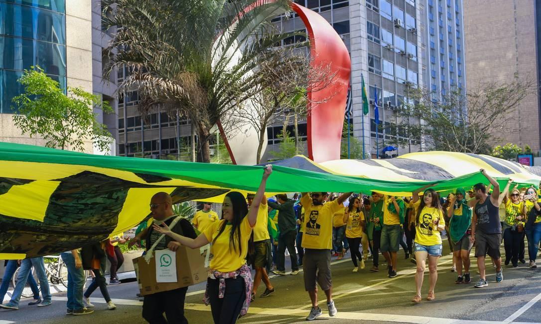 Manifestação a favor de Bolsonaro na Paulista em 2018 Foto: Edilson Dantas / Agência O Globo