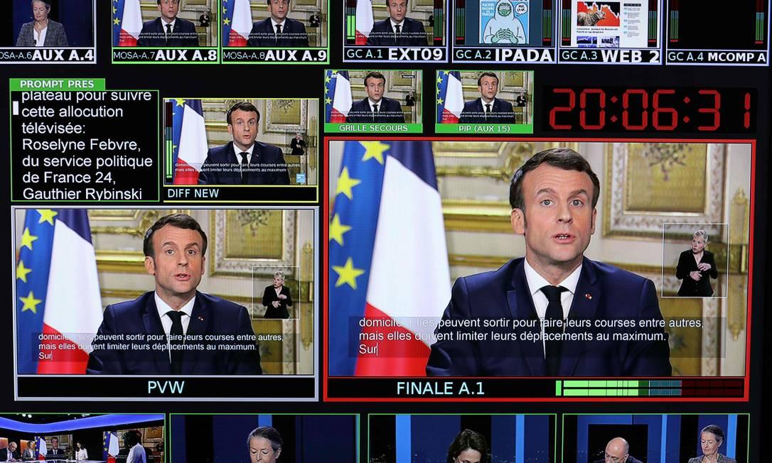 """Acusado por sindicatos de promover """"reformas neoliberais"""", Macron disse que a epidemia mostra que """"há bens e serviços que devem ser colocados fora das leis do mercado"""" Foto: LUDOVIC MARIN / AFP/15-03-2020"""
