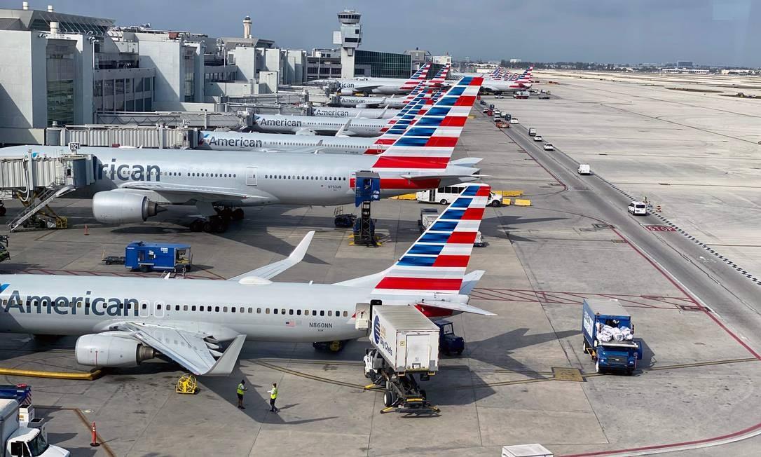 Como todas as outras companhias aéreas no mundo, American Airlines sofre com crise do coronavírus Foto: DANIEL SLIM / AFP