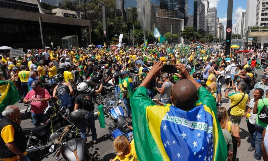 Manifestação contra o Congresso e Supremo Tribunal Federal (STF) reune milhares de apoiadores do presidente Jair Bolsonaro na Avenida Paulista, em São Paulo Foto: Edilson Dantas / Agência O Globo