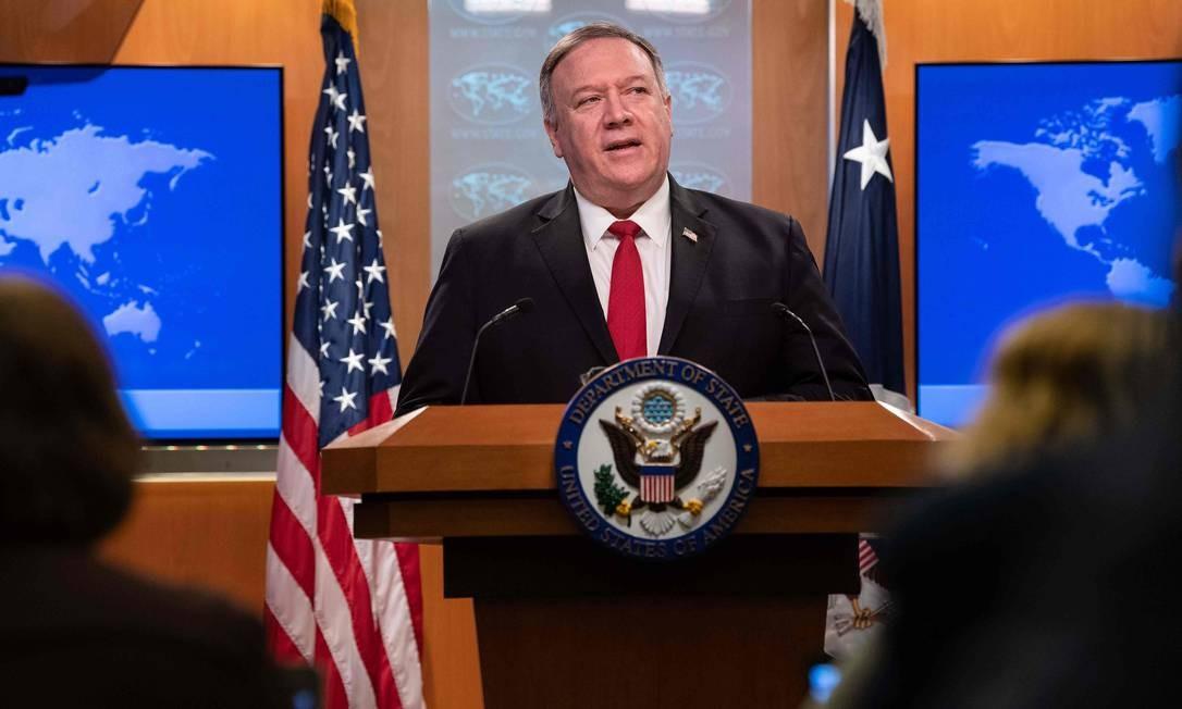 O secretário de Estado americano, Mike Pompeo, é um dos criticados por Pequim Foto: NICHOLAS KAMM / AFP