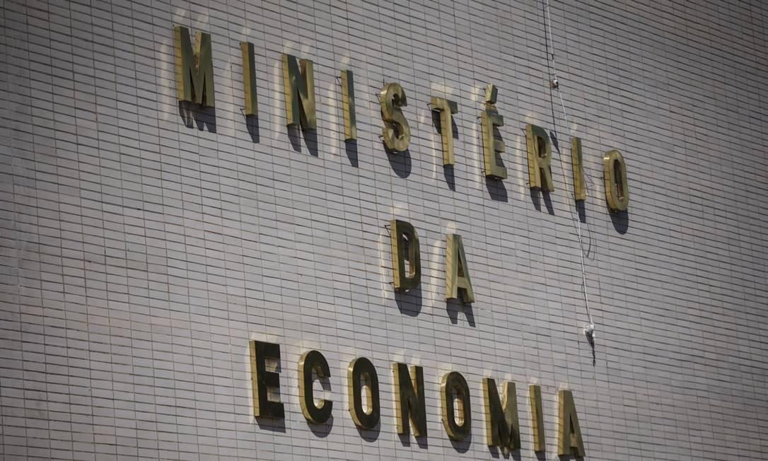 Fachada do Ministério da Economia, em Brasilia Foto: Daniel Marenco / Agência O Globo