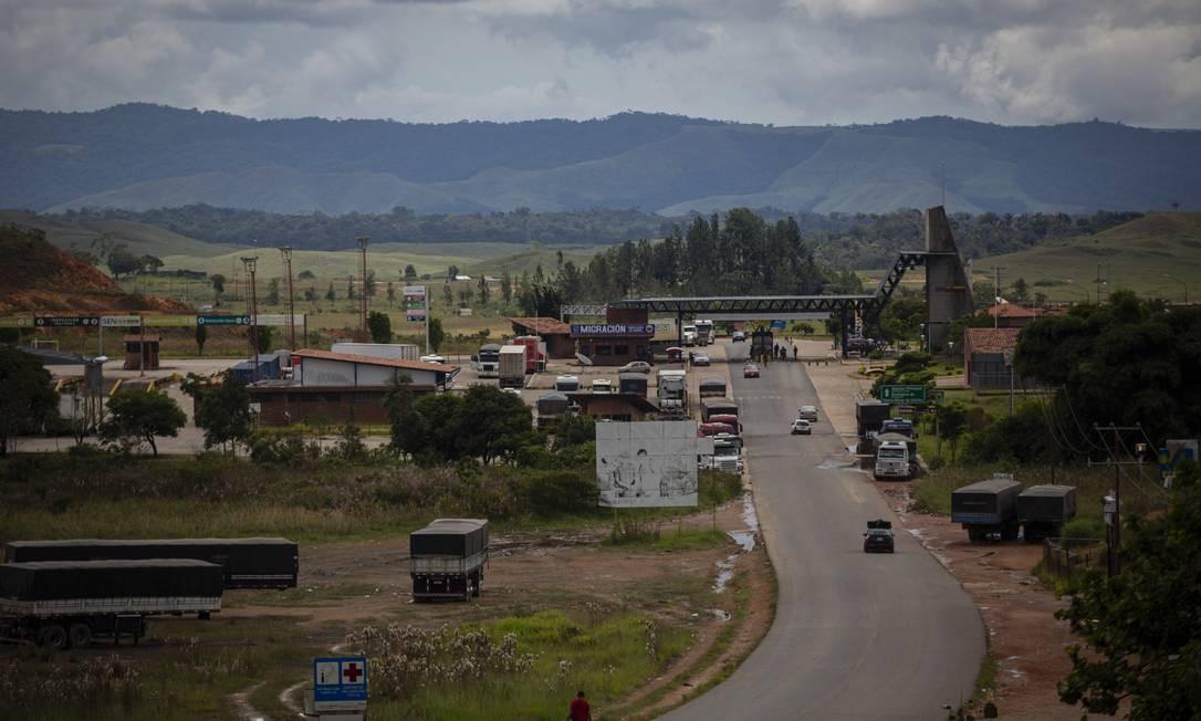 Fronteira entre o Brasil e a Venezuela, no município de Pacaraima (RR) Foto: Daniel Marenco / Agência O Globo