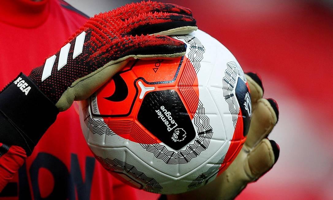 Todas as competições de futebol incluindo o esporte amador estão suspensas na Inglaterra Foto: Lee Smith / Action Images via Reuters
