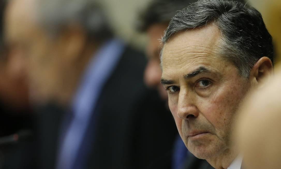 Ministro Luis Roberto Barroso descartou adiar as eleições Foto: Jorge William / Agência O Globo