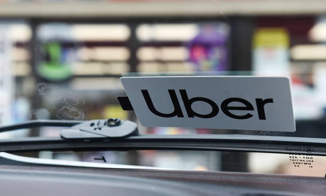 Epidemia provoca queda brusca na demanda pelo serviço de transporte da Uber Foto: CALLAGHAN O'HARE / REUTERS