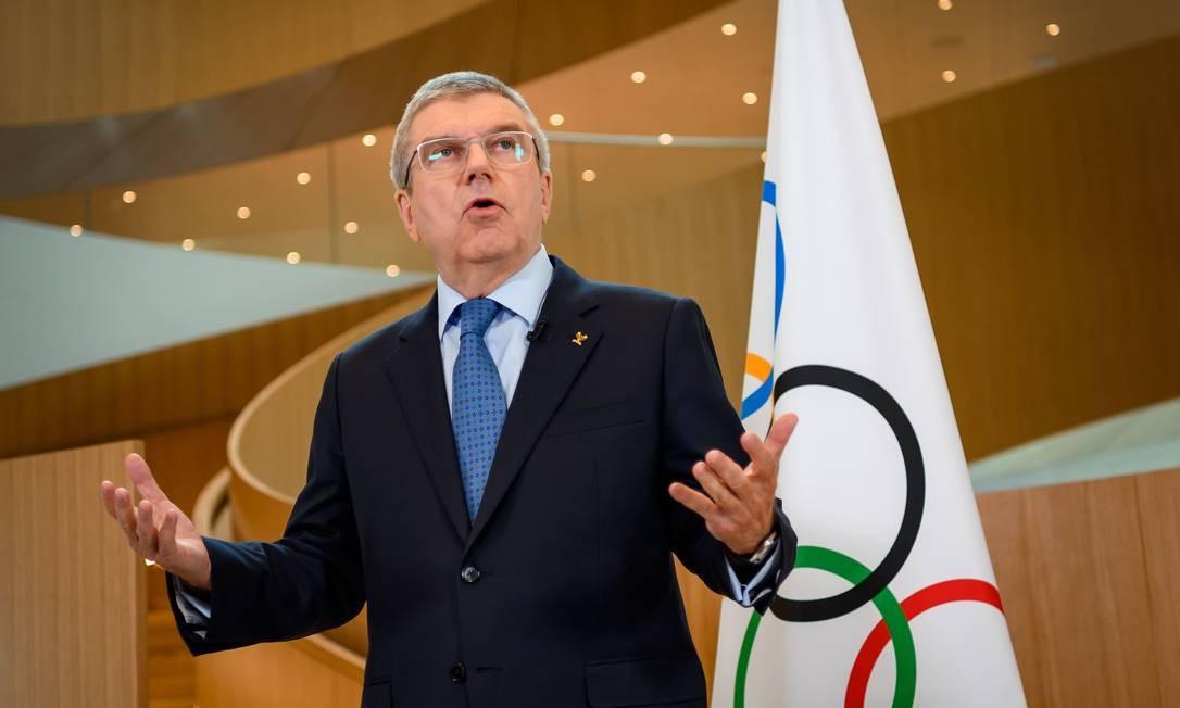 O presidente do Comitê Olímpico Internacional, Thomas Bach, dá declarações sobre a realização dos Jogos Olímpicos de Tóquio em meio a pandemia do coronavírus Foto: FABRICE COFFRINI / AFP