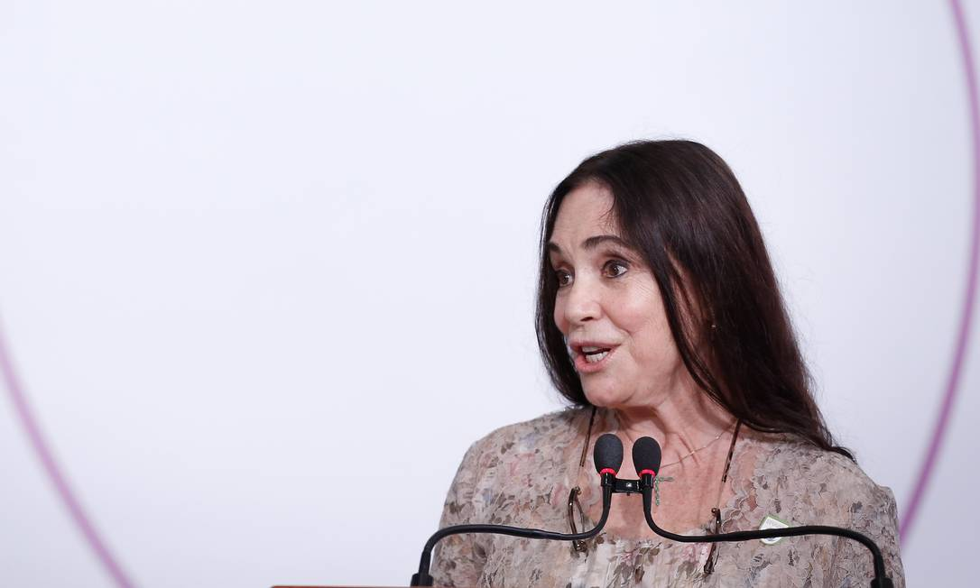 Regina Duarte durante cerimônia pelo Dia Internacional da Mulher no Palácio do Planalto Foto: Pablo Jacob / Agência O Globo