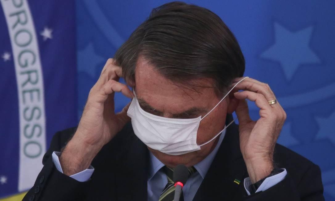 Presidente Jair Bolsonaro em coletiva sobre pandemia do coronavírus Foto: Andre Coelho / Getty Images